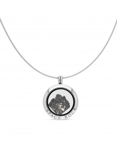 Deux météorites avec support de présentation